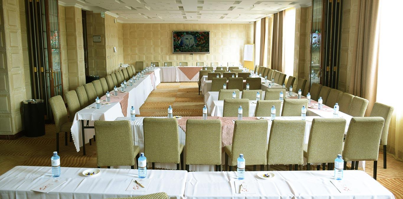 The White rhino Hotel Meetings & Events